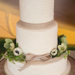 Amazing-Tipis-Simple-Wedding-Cake